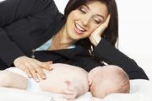 To właśnie podatność małego dziecka na emocje i bezbłędne wyczuwanie ich rodzaju, kształtuje jego młodą psychikę.